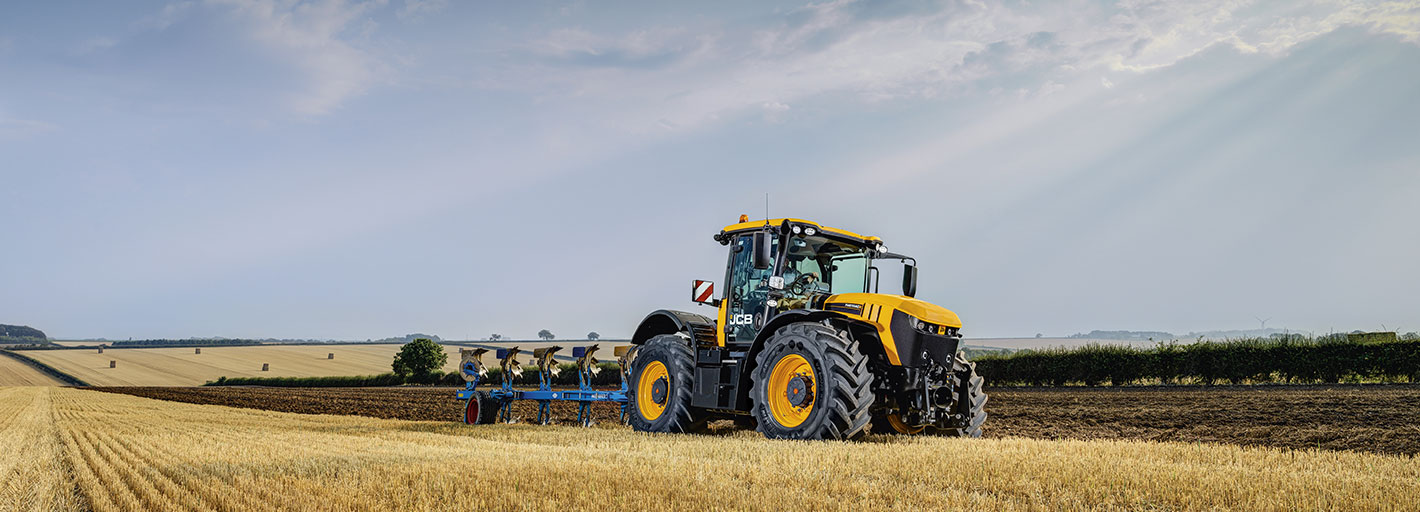 0% Interest HP over 1+2 Annual Payments on New JCB Fastracs Available on machines delivered by the 31.12.2019.