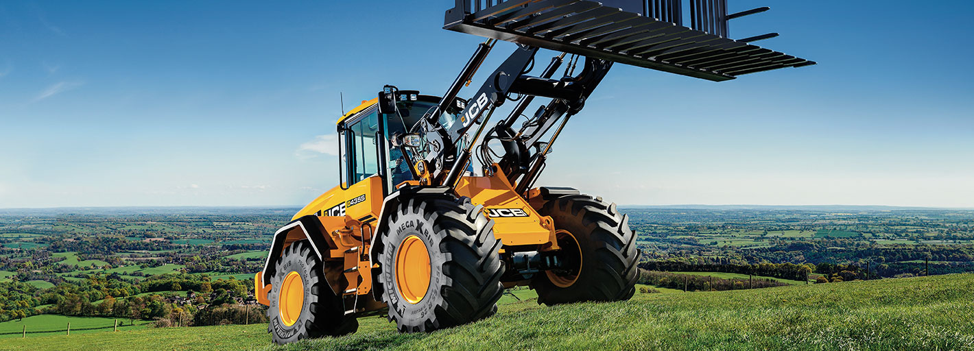 Order Now Pay July 2020 on selected JCB Agricultural Wheeled Loading Shovels Available on machines delivered by 31.03.2020