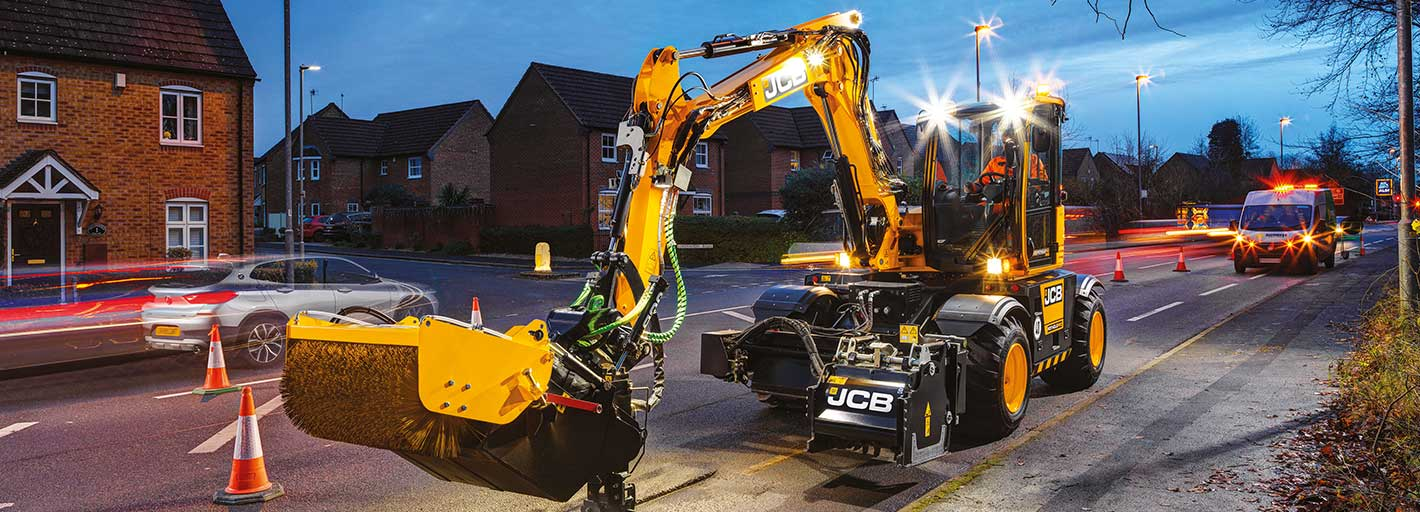 Finance solutions for JCB Pothole Pro UK business users only. Terms apply.